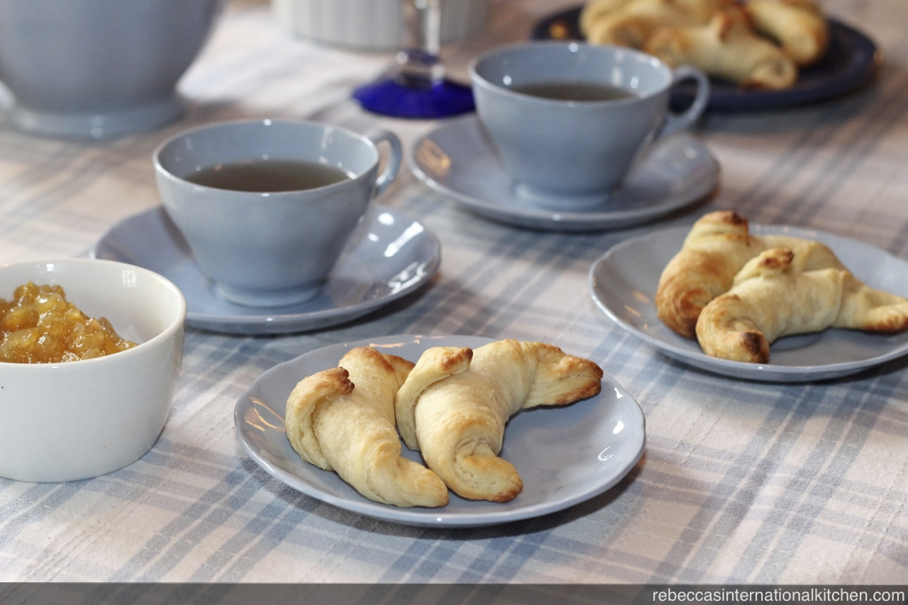 Easy Recipe for Making Medialunas (Argentinian Croissants)