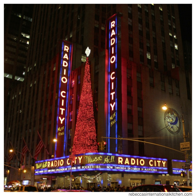 New York City Guide: Christmas Favorites - Radio City Christmas Spectacular